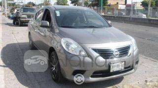 Autos usados-Nissan-Versa